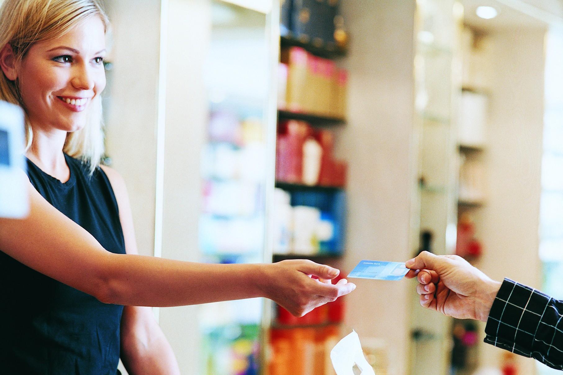 Oristano: Cercasi 20 addetti vendita/commesso per Centro grande distribuzione